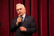 Ο Πρόεδρος του Ε.Ε.Σ. στην επίσημη πρεμιέρα της θεατρικής παράστασης '7 Αναζητήσεις' (φωτο)