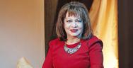 Μαίρη Ραζή: 'H δασκάλα του χωριού θα εμφανιστεί στα επόμενα επεισόδια του Καφέ της Χαράς' (video)