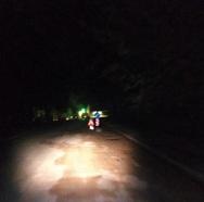 Σκοτάδι βαθύ στο δρόμο του Δασυλλίου στην Πάτρα (φωτο)