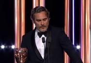 Η αντιρατσιστική ομιλία του Joaquin Phoenix που καταχειροκροτήθηκε στα ΒΑFTA (video)