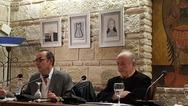 O Διονύσης Καρατζάς παρουσίασε τη νέα του ποιητική συλλογή στην Πάτρα (pics)