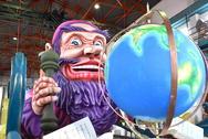 Το Καρναβάλι της Πάτρας στα φόρτε του - 'Αυτοψία' στο εργαστήρι του Καρναβαλικού Συνεργείου (pics+vids)