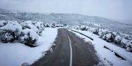 Αχαΐα: Προβλήματα στο ορεινό οδικό δίκτυο λόγω χιονιού