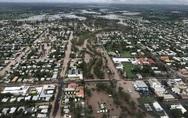 Κυκλώνας και καταρρακτώδης βροχή έπληξαν τις ακτές της Αυστραλίας (video)