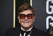 Elton John - Συγκεντρώθηκαν 6,4 εκ. δολάρια για τη μάχη κατά του AIDS στο πάρτι του