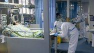 Κορωνοϊός: Εξιτήριο έλαβε ο πρώτος ασθενής μετά από 16 μέρες νοσηλείας