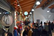 'Ψάχνεστε' για το γκρουπ που θα βγείτε στο Πατρινό Καρναβάλι; - Πήγαμε στην Αγορά Αργύρη (pics+vids)