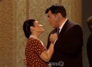 YFSF - Η... κυρά Ρίζω έκανε εμφάνιση δίπλα στον Λάμπη Λιβιεράτο (video)