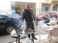 Η τσίκνα ξεκίνησε στην Πάτρα - Δείτε φωτογραφίες
