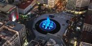 Πτήση πάνω από το νέο συντριβάνι της πλατεία Ομονοίας (video)