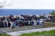 Διαδηλωτές μπούκαραν σε ξενοδοχείο που μένουν ΜΑΤ στη Χίο - 8 αστυνομικοί τραυματίες