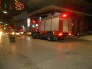 Πάτρα: Ισχυρή δύναμη της πυροσβεστικής στο πάνω μέρος της Αγίου Νικολάου (φωτο)