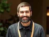 Ο Πατρινός ερευνητής που φέρνει την επανάσταση στην αποκατάσταση τραυμάτων των οστών!