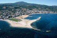 Πεταλίδι - Παραθαλάσσια κωμόπολη της Πελοποννήσου με παραθεριστική κίνηση (video)