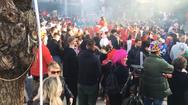 Στην Πάτρα πάντως δεν φοβήθηκαν τον κορωνοϊό (video)