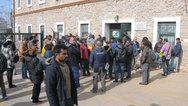 Αναστέλλεται η εξυπηρέτηση στις υπηρεσίες των Δ/νσεων Αλλοδαπών και Μετανάστευσης των Αποκεντρωμένων Διοικήσεων