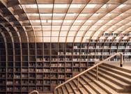Μια ιστορική εκκλησία μετατρέπεται σε βιβλιοπωλείο (φωτο)