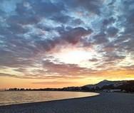 Η απόλυτη νηνεμία στην παραλία της Ναυπάκτου... (φωτο)