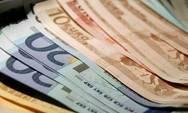 Κορωνοϊός: Ποιοι και πώς θα πάρουν την αποζημίωση των 800 ευρώ