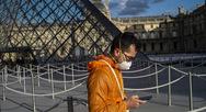 'Σαρώνει' ο κορωνοϊός στη Γαλλία: Tους 450 έφτασαν οι νεκροί