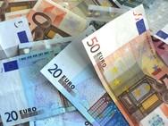 Πάτρα: Επτά εργοδότες εκβίασαν εργαζόμενους για να τους δώσουν χρήματα από τα 800 ευρώ