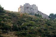Σοβαρές ζημιές στο κάστρο της Κιάφας από τον σεισμό στην Πάργα