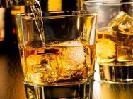 Κορωνοϊός - Σε απαγόρευση πώλησης αλκοόλ προχωρά η Γροιλανδία