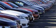 Απότομη πτώση κατά 72% στις πωλήσεις αυτοκινήτων στη Γαλλία