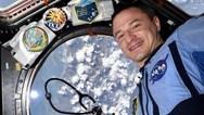 Κορωνοϊός - Μήνυμα από το διάστημα για τους 'γιατρούς μαχητές'