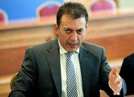 Διευκρινήσεις από Βρούτση: Πότε θα λάβουν οι εργαζόμενοι την αποζημίωση των 800 ευρώ