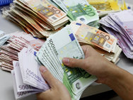 Eπίδομα 800 ευρώ: Ανοίγει η πλατφόρμα για τις αιτήσεις ελεύθερων επαγγελματιών
