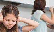 Τα λάθη που πληγώνουν το παιδί στη φάση του χωρισμού