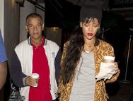 Rihanna - O πατέρας της διεγνώσθη θετικός στον κορωνοϊό