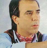 Θλίψη στην Πάτρα - Έφυγε από τη ζωή ο γνωστός τραγουδιστής Δημήτρης Νεζερίτης