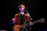 Ο frontman των Stereophonics αποκάλυψε ότι η 15χρονη κόρη του είναι σε στάδιο αλλαγής φύλου