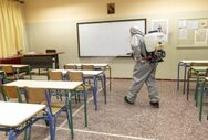 Πάτρα: Καθαρισμοί, ψεκασμοί και απολυμάνσεις στα σχολεία για την επιστροφή των μαθητών