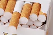 Πάτρα: 'Τσίμπησαν' αλλοδαπό με πάνω από 600 πακέτα λαθραίων τσιγάρων