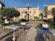 'Άδειες καρέκλες' και στο Άργος (φωτο)