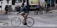 Ο κορωνοϊός κάνει το ποδήλατο από εναλλακτικό, βασικό μέσο - Τι γίνεται στην Πάτρα