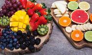 Μάθετε ποια είναι τα πιο βρώμικα φρούτα και λαχανικά (φωτο)
