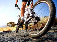 Πώς το ποδήλατο μπορεί να περιορίσει τη μετάδοση της Covid-19