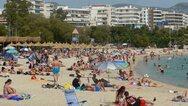 Ανοίγουν παραλίες - εκκλησίες με αυστηρά μέτρα