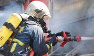 Πατρών - Πύργου: Ξέσπασε πυρκαγιά στο ύψος των Μποντεΐκων
