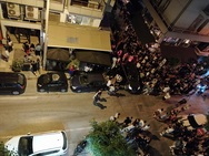 Θεσσαλονίκη: Take away «πάρτι» έξω από μπαρ