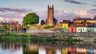Οι τουρίστες στην Ιρλανδία θα πρέπει να δηλώνουν πού θα περάσουν την καραντίνα κατά την άφιξή τους