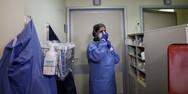 Ξεκινούν μαζικά τεστ αντισωμάτων για τον κορωνοϊό σε όλο το προσωπικό νοσοκομείων
