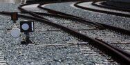 Πάτρα: Ακινητοποίηθηκε αυτοκίνητο στις γραμμές του τρένου