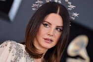 Lana Del Rey - Υιοθέτησε νέο λουκ! (φωτο)