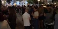 'Βούλιαξε' από κόσμο η Ναύπακτος το βράδυ της Κυριακής (video)
