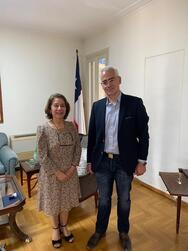 Με την Πρέσβη της Χιλής στην Αθήνα, ο Πρόεδρος του ΚΕΘΕΑ Χρίστος Λιάπης